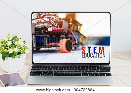 Stem Education For Online Learning, Electronic Board For Be Program By Robotics Electronics At Labor