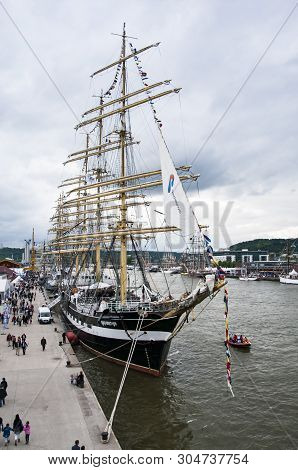 Rouen, France - July Circa, 2016. End Of The Armada In Rouen, Boats Galleon Ships In Port On The Riv