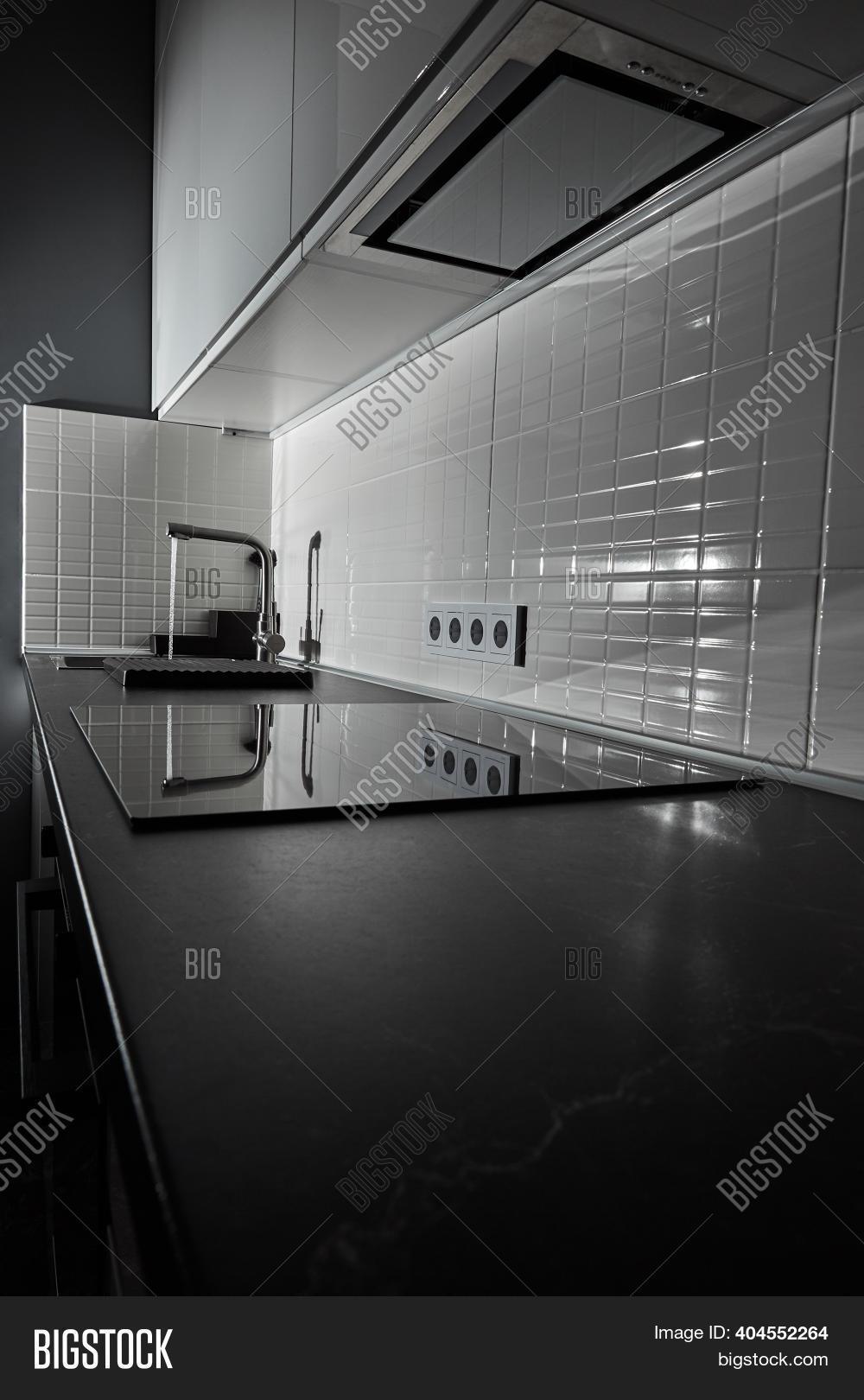 Modern White Kitchen Image Photo Free Trial Bigstock