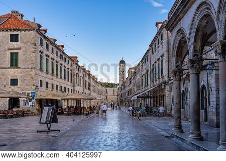 Dubrovnik, Croatia - Jun 21, 2020: Stradun Street, The Unesco World Heritage Of Old Town Dubrovnik,