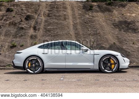 Porsche Taycan Turbo S 2020 Test Drive Day