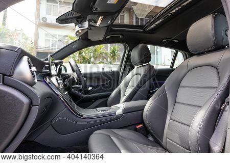 Mercedes-benz Glc 2020 Interior