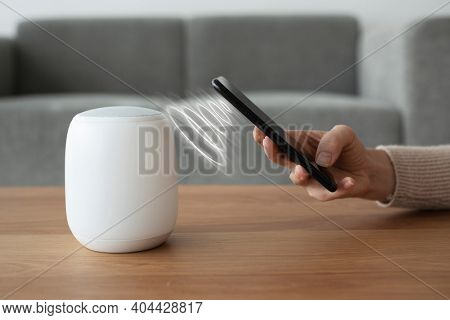 Phone connecting with smart speaker