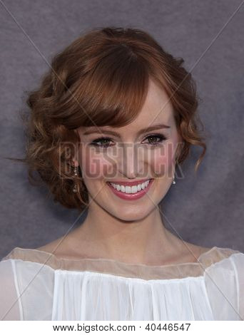 LOS ANGELES - JAN 12:  AHNA O'REILLY arriving to Critic's Choice Movie Awards 2012  on January 12, 2012 in Hollywood, CA