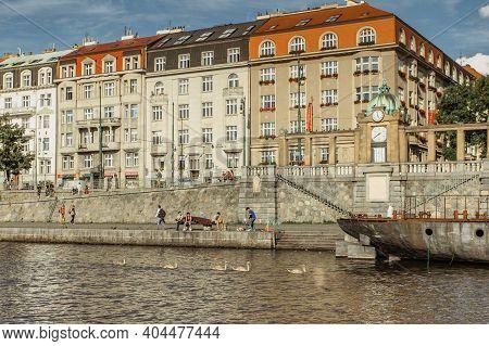 Prague, Czech Republic -september 3, 2020.people Walking And Sitting At Rasin Embankment, Cz: Naplav