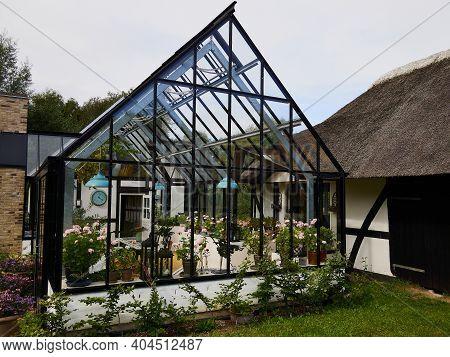 Beautiful Classical Cozy Design Solarium Conservatory Sun Room  In A Garden England