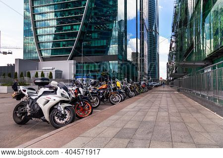 Russia Moscow 2019-06-17 Modern Motorcycles In Row Parked On Street