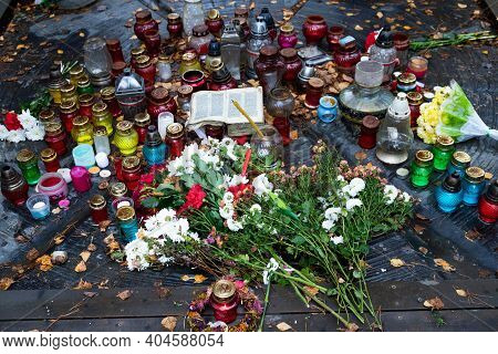 Funeral Church Candles And Lamps For Repose In The Catholic And Orthodox Churches. Christian Catholi