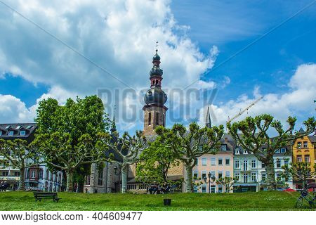 Cochem, Germany - May 23 2019: View Of The Picturesque Town Cochem With Its Famous Colorful Houses.