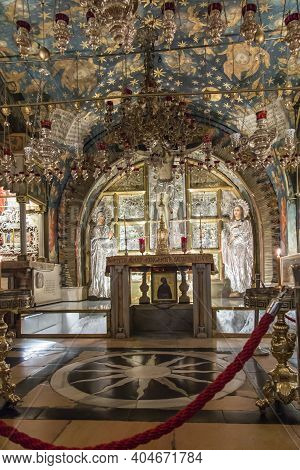 Jerusalem Israel, January 29, 2020: Golgotha, The Place Of Jesus' Crucifixion Within The Basilica Of