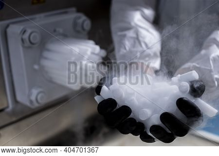 Dry Ice (co2) In Production ( The Solid Form Of Carbon Dioxide)