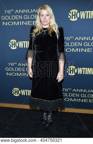 LOS ANGELES - JAN 05:  Amanda De Cadenet arrives for Showtime Golden Globe Nominee Celebration Premiere on January 05, 2019 in West Hollywood, CA