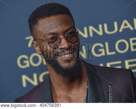 LOS ANGELES - JAN 05:  Aldis Hodge arrives for Showtime Golden Globe Nominee Celebration Premiere on January 05, 2019 in West Hollywood, CA
