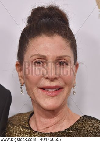 LOS ANGELES - JAN 19:  Producer Lauren Shuler Donner arrives for the 30th Annual Producers Guild Awards on January 19, 2019 in Beverly Hills, CA