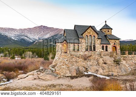 Allenspark, Colorado - November 29, 2020: Saint Catherine Of Siena Chapel, Also Know As Chapel On Th