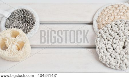 Natural Loofah Or Luffa Sponge Pad For Face And Body Bath Exfoliate And Cotton And Seaweed Rounds. E