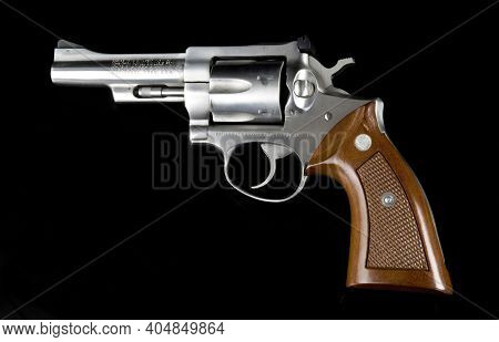 Dallas,texas - Jan. 2021   Ruger 357 Magnum Revolver Six Shooter Owned By A Peace Officer.