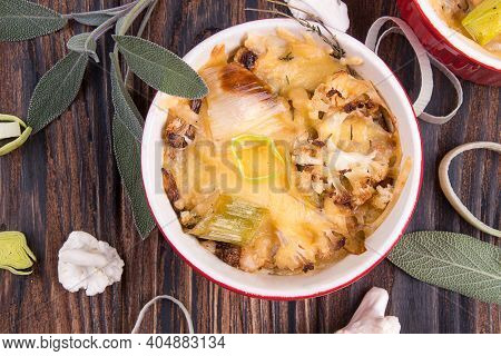 Cauliflower Gratin With Leek, Chicken Breast And Cheese
