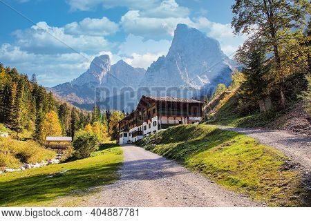 Scheffau, Austria - Oct 01, 2020: Valley Of Scheffau, Wilder Kaiser, Tyrol, Austria. Hiking At Wilde