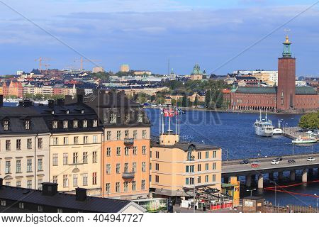 Stockholm, Sweden - August 23, 2018: Sodermalm Island And Centralbron Bridge In Stockholm, Sweden. S