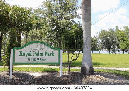 Royal Palm Park Sign