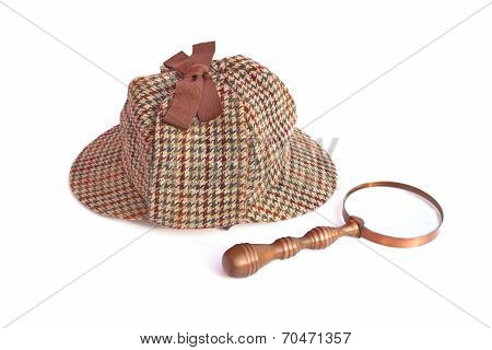 Deerstalker Or Sherlock Holmes Cap And Vintage Magnifying Glass