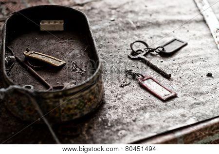 Old Keys Abandoned