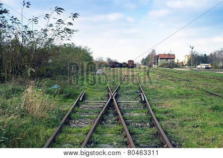The Separation Of Railway Line