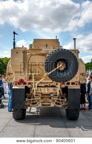 All terrain Oshkosh M-ATV Rear