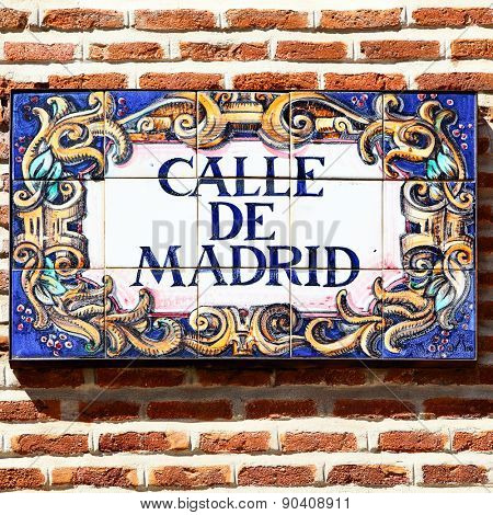 MADRID, SPAIN - MAY 09, 2012: Typical ceramics street nameboard in Madrid