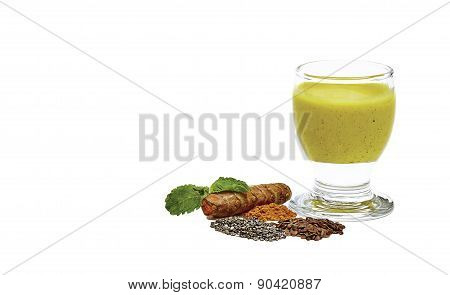 Tumeric Smoothie With Chia Seed And Flaxseed