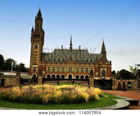 Un Peace Palace In Holland