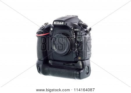 SYDNEY AUSTRALIA - JANUARY 13 2016 : Nikon D810 camera body whit Nikon Battery Grip MB-D12