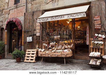 Antica Bottega Toscana Arezzo Italy