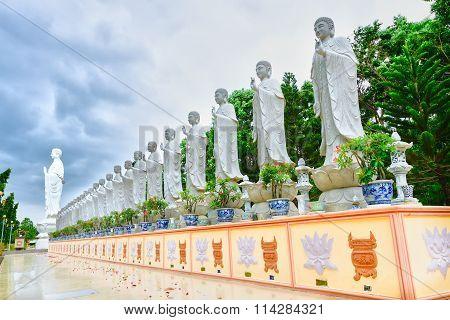 Pray for peace at a Buddhist temple Dai Tong Lam