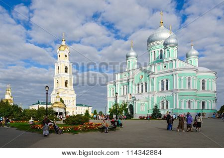 Cathedral Square In Holy Trinity Seraphim-diveevo Monastery, Diveevo, Russia