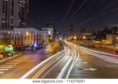 New York, Usa- August 26, 2014: The Famous Roosevelt Island Cable Tram That Connects Roosevelt Islan