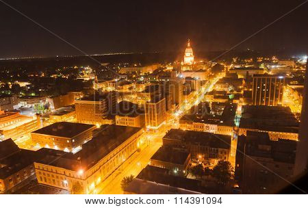 Night Light Looking To State Capital Building,springfield Illinois Usa