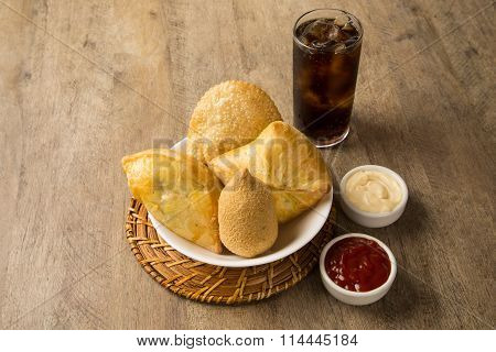 Mixed Brazilian Deep Fried Chicken Snack,, Esfihas And Pastry.