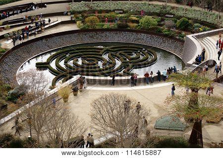 Central Garden Getty Center