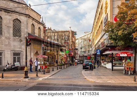 Divan Yolu Street A Popular Tourists Area