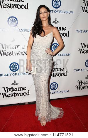 vLOS ANGELES - JAN 9:  Summer Altice at the The Art of Elysium Ninth Annual Heaven Gala at the 3LABS on January 9, 2016 in Culver City, CA