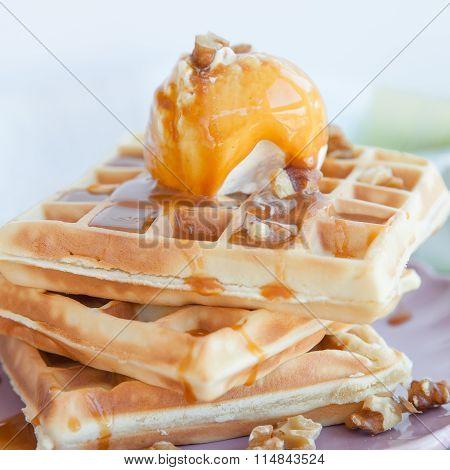 Waffles A La Mode