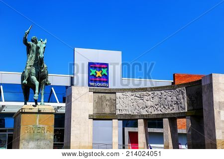 Montevideo, Uruguay - December 13: Tres Cruces Bus Terminal And Statue Of Fructuoso Rivera On Decemb