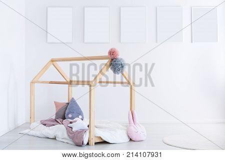 Kid's Bedroom With Pompons