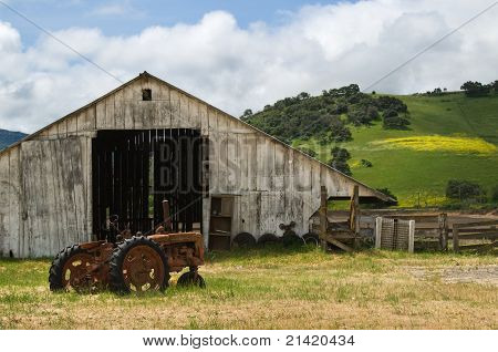 Old Wooden Barn & Tractor
