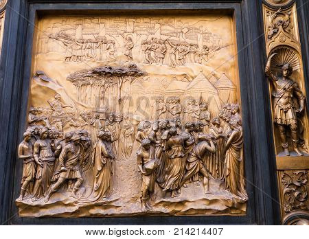 Panel on east door of the Baptistery of Saint John depicting the story of Joshua from the old testamanent