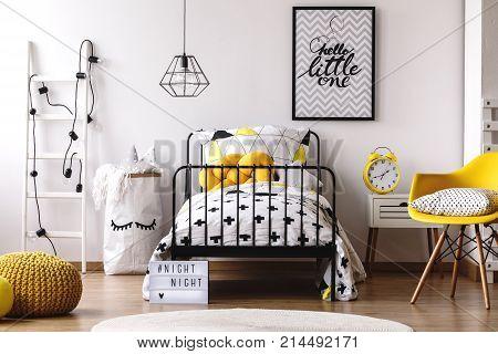 Contrast Color Kid's Bedroom