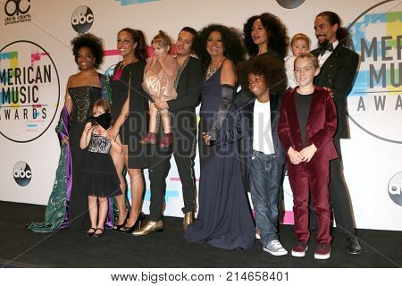 LOS ANGELES - NOV 19:  Diana Ross, Grandchildren, Children at the American Music Awards 2017 at Microsoft Theater on November 19, 2017 in Los Angeles, CA