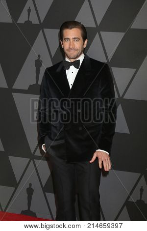 LOS ANGELES - NOV 11:  Jake Gyllenhaal at the AMPAS 9th Annual Governors Awards at Dolby Ballroom on November 11, 2017 in Los Angeles, CA